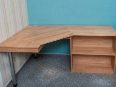 Schreibtisch , Möbel nach Maß